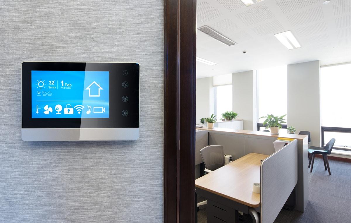 screen in office